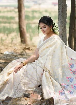 Off White Weaving Festival Designer Traditional Saree