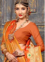 Picturesque Traditional  Saree For Wedding