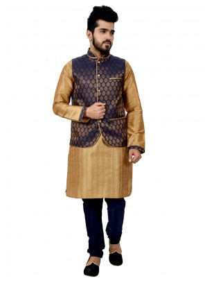 Plain Art Silk Kurta Payjama With Jacket in Gold