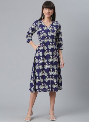 Printed Cotton Casual Kurti in Navy Blue
