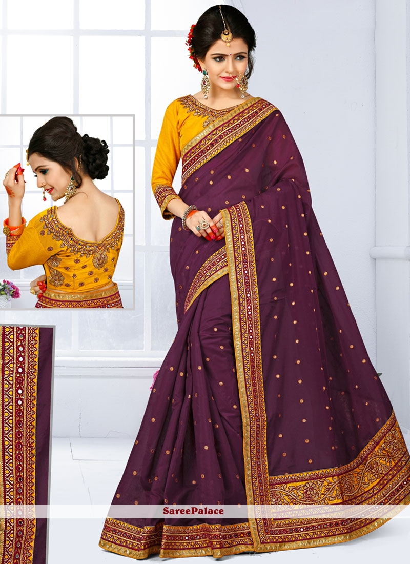 Prominent Traditional  Saree For Wedding