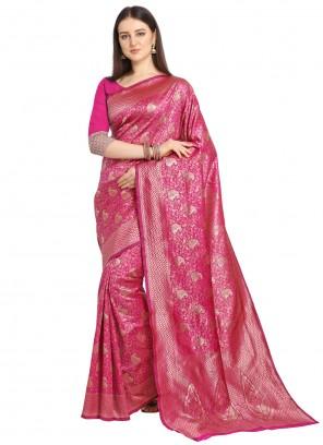 Rani Weaving Traditional Saree
