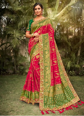 Resham Silk Classic Saree in Red