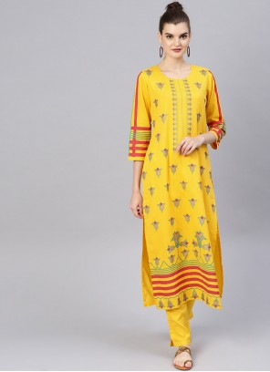 Salwar Kameez Embroidered Cotton in Yellow
