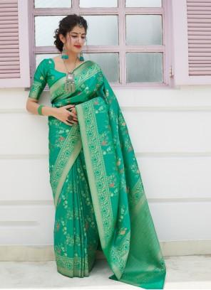 Silk Saree Weaving Silk in Green