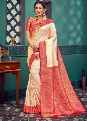 Silk Weaving Traditional Saree in Cream