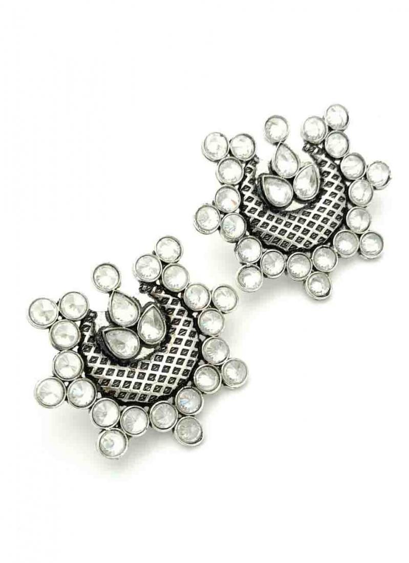 Silver Stone Work Ear Rings