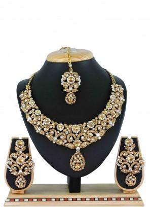 Stone Gold Necklace Set