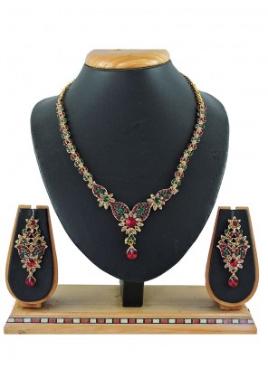 Stone Work Necklace Set in Multi Colour