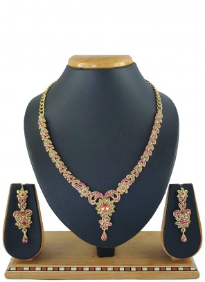 Stone Work Necklace Set in Pink