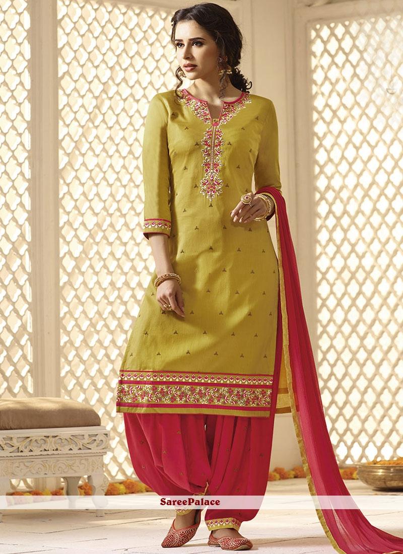 Punjaban stylish pics forecasting dress in everyday in 2019