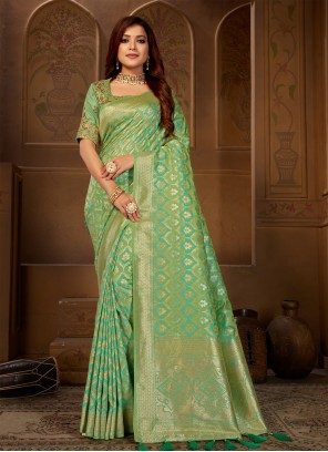 Green Thread Jacquard Silk Saree