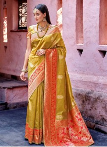 Traditional Designer Saree Weaving Art Silk in Green