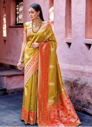 Traditional Designer Saree Weaving Art Silk in Green