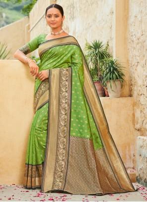 Traditional Designer Saree Weaving Banarasi Silk in Green