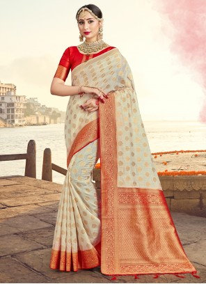 Off White Traditional Saree For Ceremonial