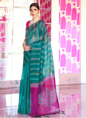 Traditional Saree Weaving Silk in Green