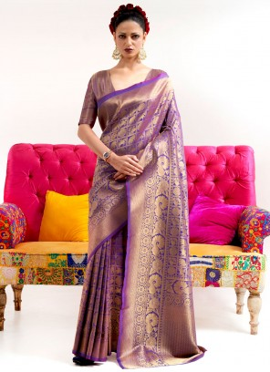 Traditional Saree Weaving Silk in Purple