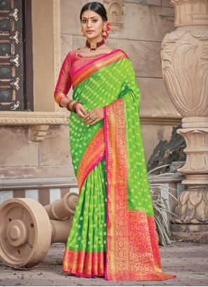 Traditional Saree Woven Silk in Green