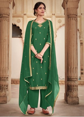 Trendy Green Salwar Kameez For Party