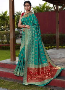Weaving Art Silk Traditional Saree in Sea Green