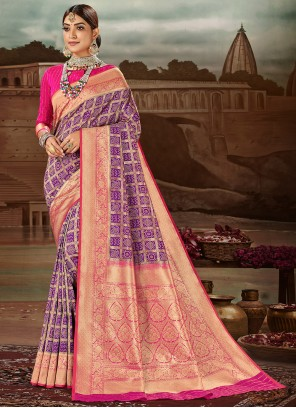 Weaving Banarasi Silk Traditional Designer Saree in Purple