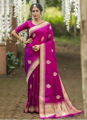 Magenta Weaving Banarasi Silk Traditional Saree