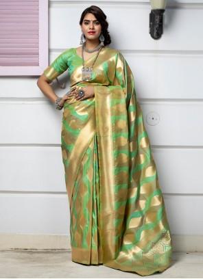 Weaving Banarasi Silk Traditional Saree in Green