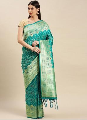 Weaving Banarasi Silk Traditional Saree in Rama