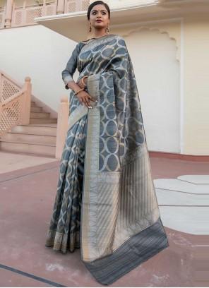 Weaving Ceremonial Designer Saree
