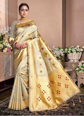 Weaving Classic Beige Designer Saree