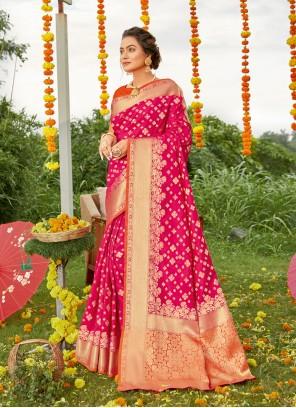 Magenta Weaving Mehndi Designer Saree