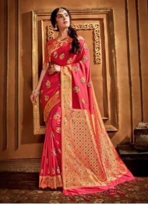 Weaving Pink Silk Classic Saree