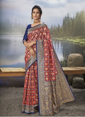 Weaving Red Silk Traditional Saree