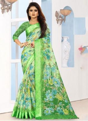 Weaving Silk Saree in Green