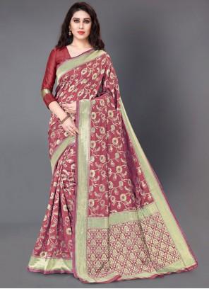 Woven Silk Classic Saree in Maroon
