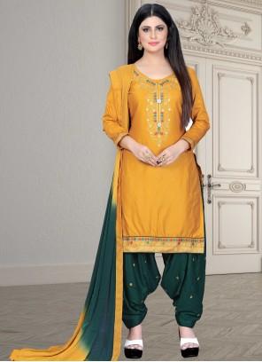Yellow Embroidered Bollywood Salwar Kameez