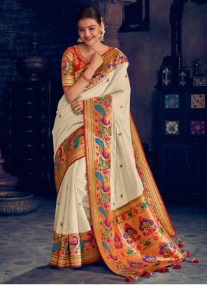 Zari Wedding White Classic Saree